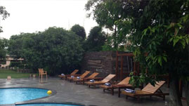 Corbett Wild Iris Spa & Resort